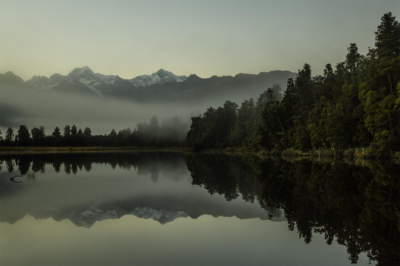 160506_Lake_Matheson.jpg