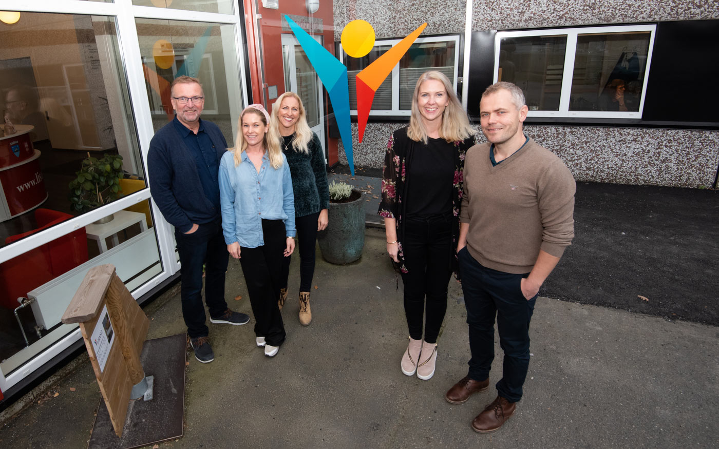 Lisand er en bedrift som hjelper folk i Risør, Tvedestrand, Gjerstad og Vegårshei tilbake til arbeidslivet . Tekst og foto: Tore Myrberg