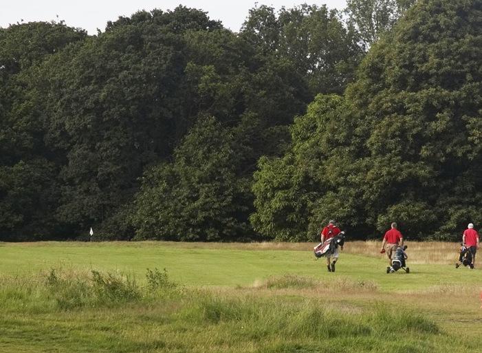 London Scottish Golf Club - Wimbledon Common Golf - Original Course - 1st Hole