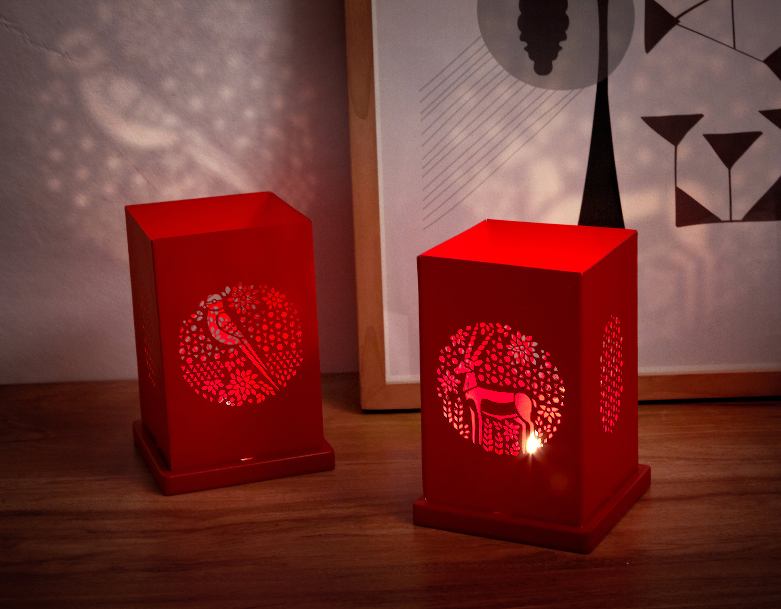 Red tealight locopopo 04.jpg