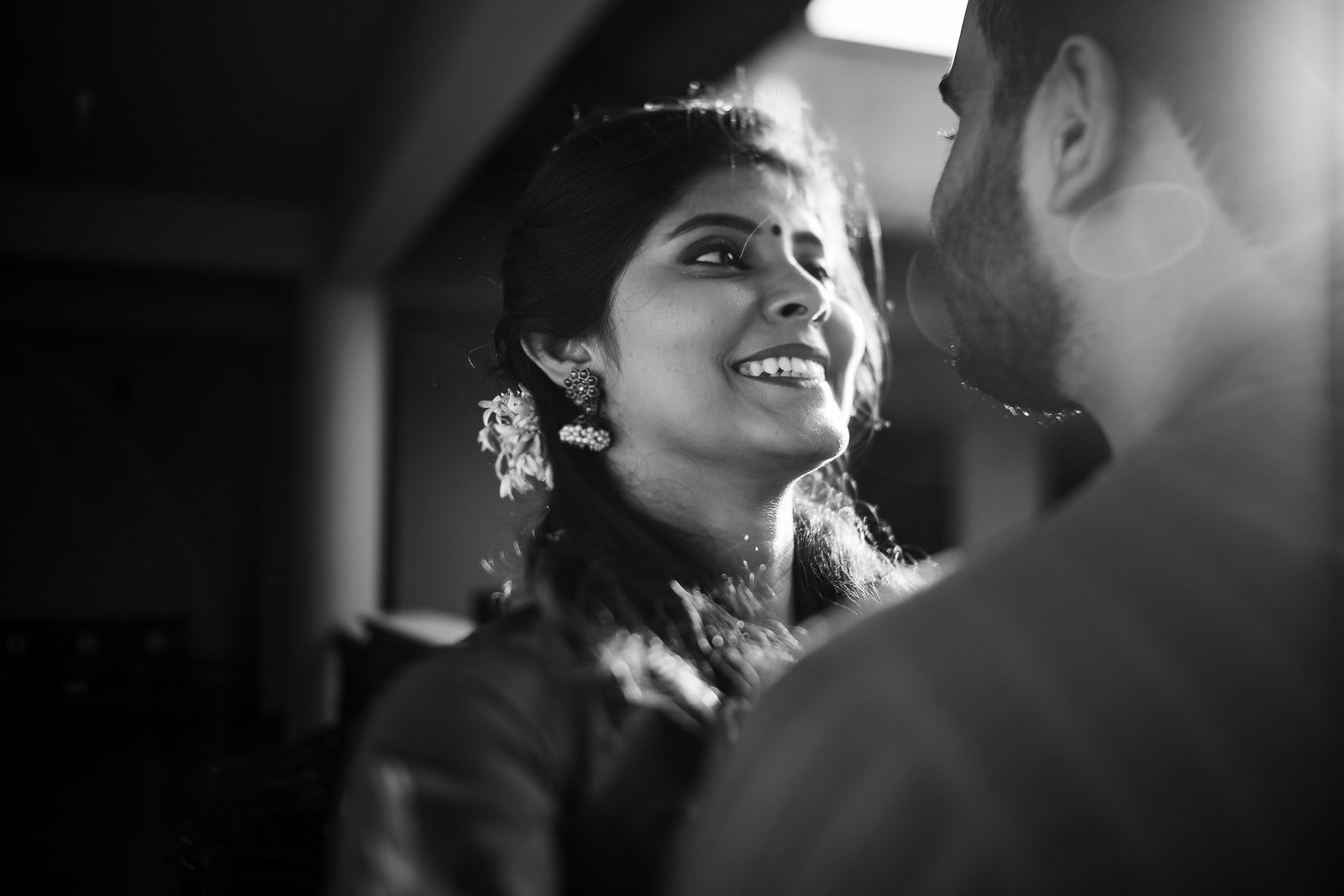 Vaidhee Keerthana Couple Shoot-119.jpg