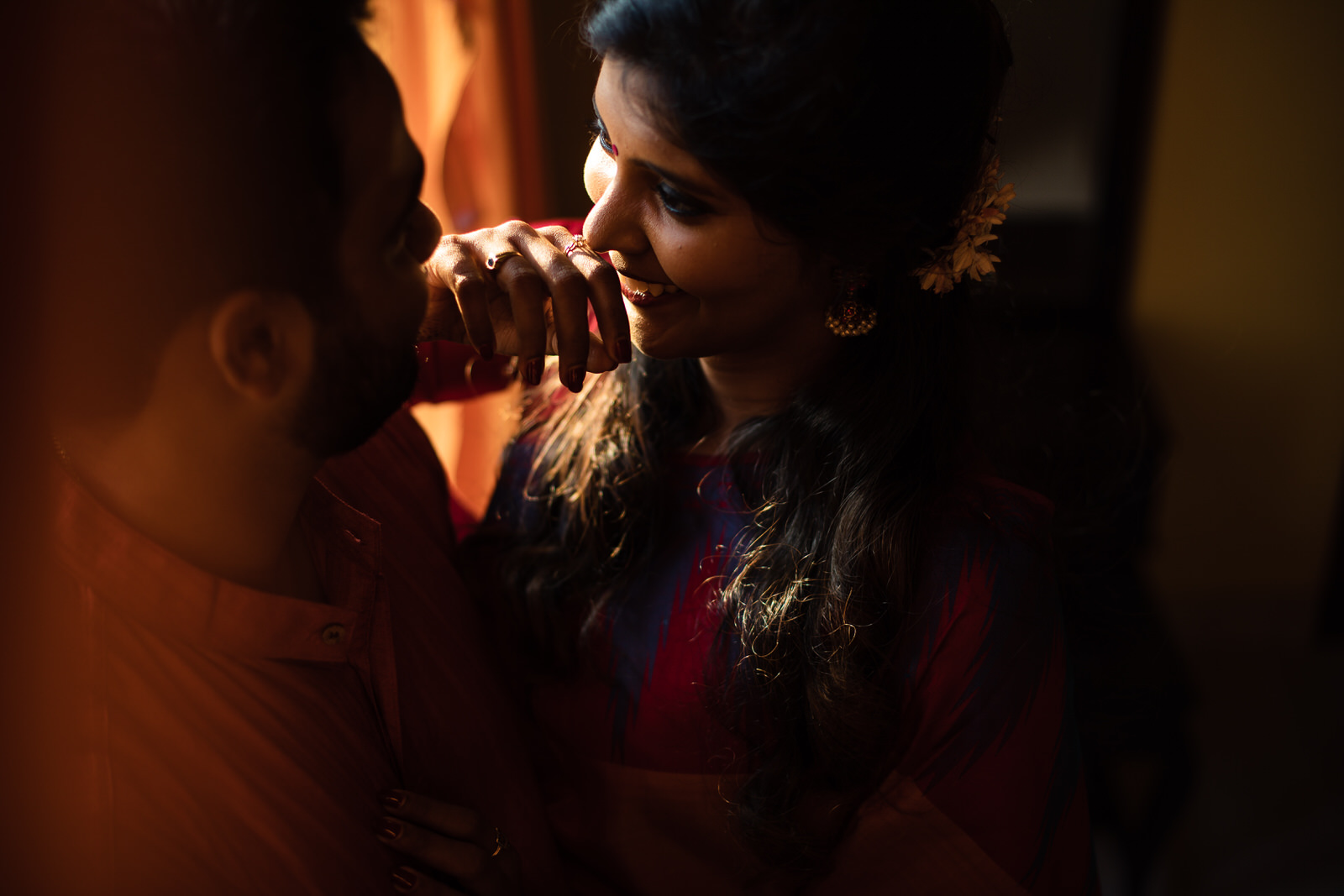 Vaidhee Keerthana Couple Shoot-174.jpg