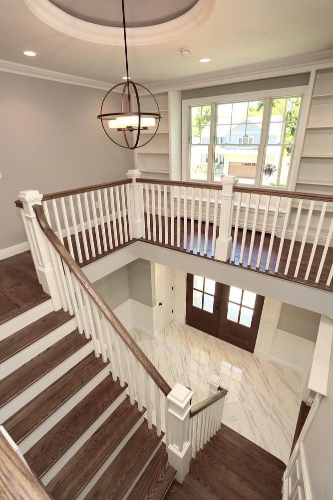 265 Carolina Dr Oradell NJ-large-039-42-Staircase-667x1000-72dpi.jpg