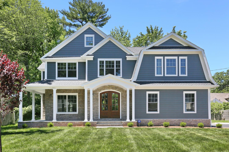 265 Carolina Dr Oradell NJ-large-041-6-Front of Home-1500x1000-72dpi.jpg