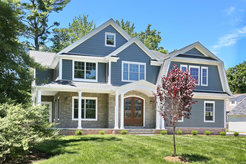 265 Carolina Dr Oradell NJ-large-045-7-Front of Home-1500x1000-72dpi.jpg