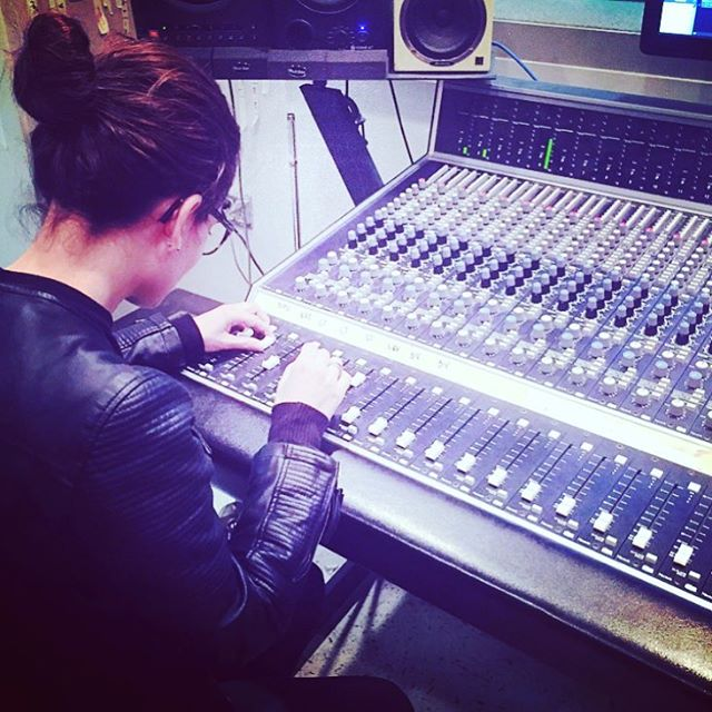 🎵Master of Sound 🎵 #studiotime #musicianlife #doityourself #atx #bandlife