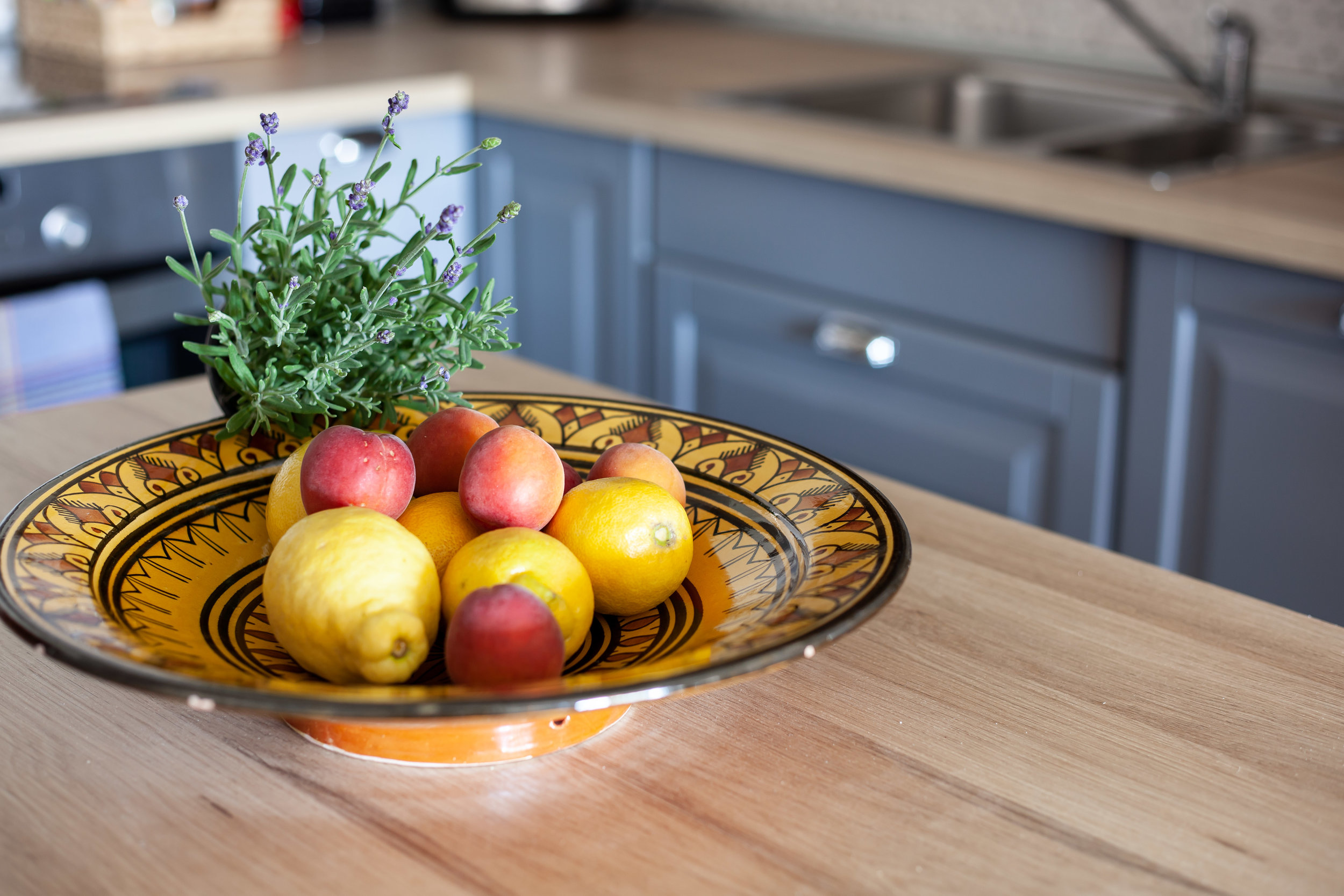 It is in details! - Fresh fruit & herbs make it super cosy.