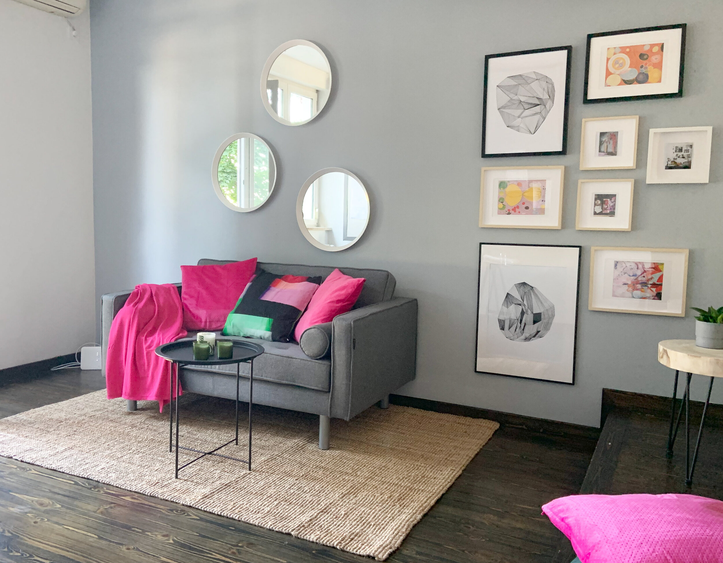 After: Statement wall & cheerful pink details.