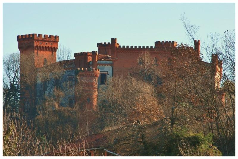 Castello-Colonna-Baldissero-dAlba.jpg