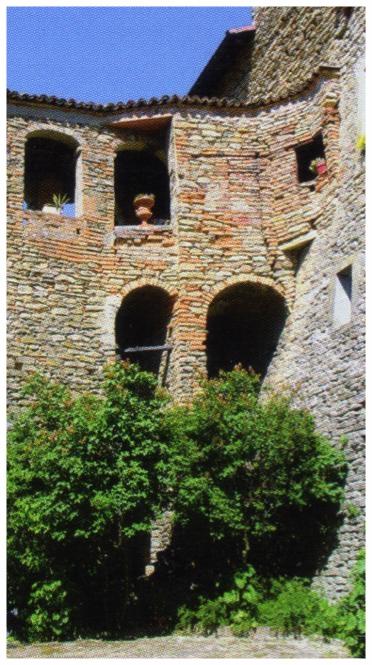 borgomale-castello-1.jpg
