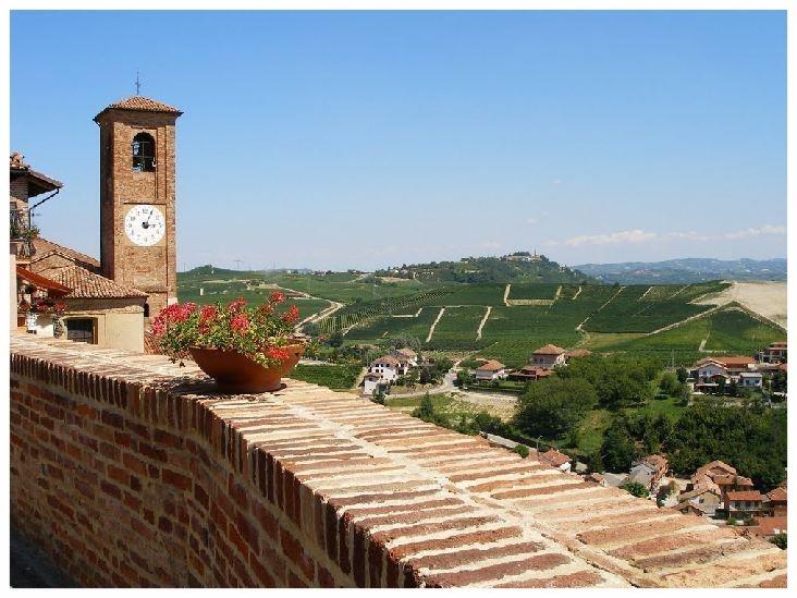 castellinaldo comune langhe e roero piemonte turismo in langa tour delle langhe vini piemonte cucina piemontese visitare le langhe .jpg