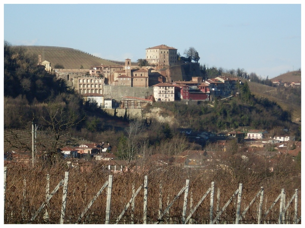 castellinaldo comune langhe e roero piemonte turismo in langa tour delle langhe vini piemonte cucina piemontese visitare le langhe d'alba.jpg
