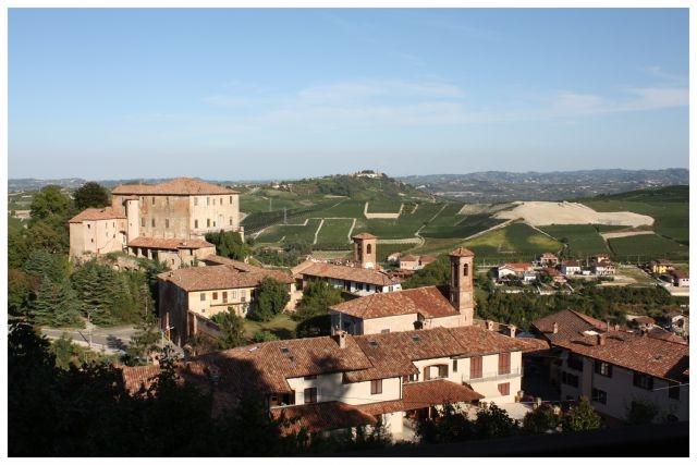 castellinaldo comune langhe e roero piemonte turismo in langa tour delle langhe vini piemonte cucina piemontese visitare le langhe e roero.jpg
