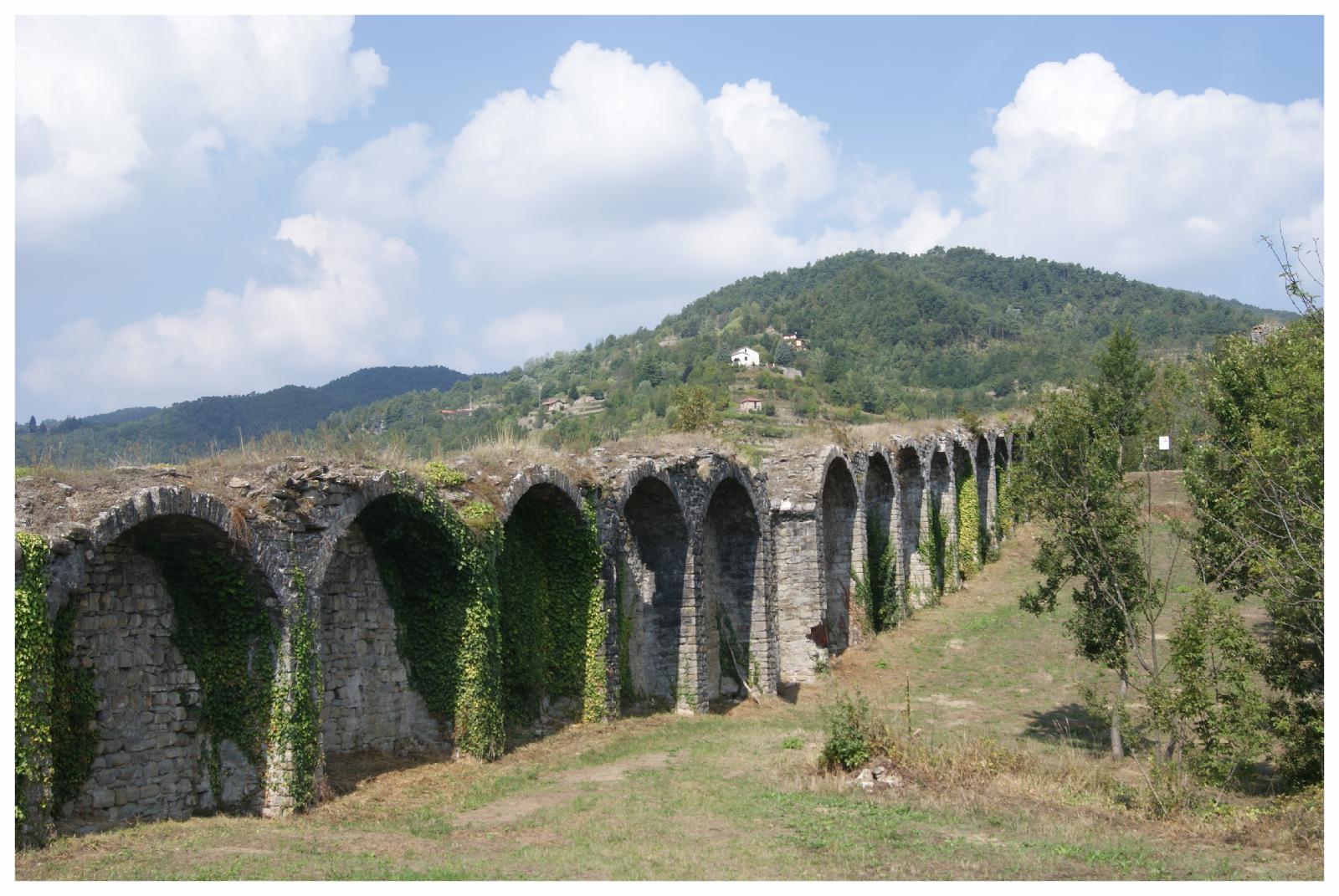 cortemilia reperti storici castello tour.JPG