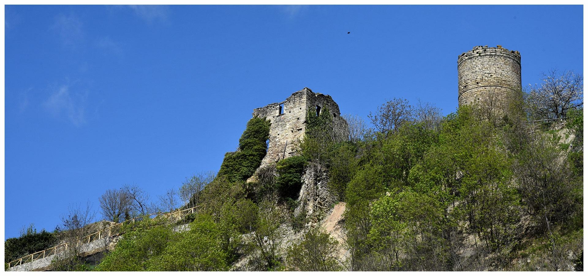 Torre-di-cortemilia-3.jpg