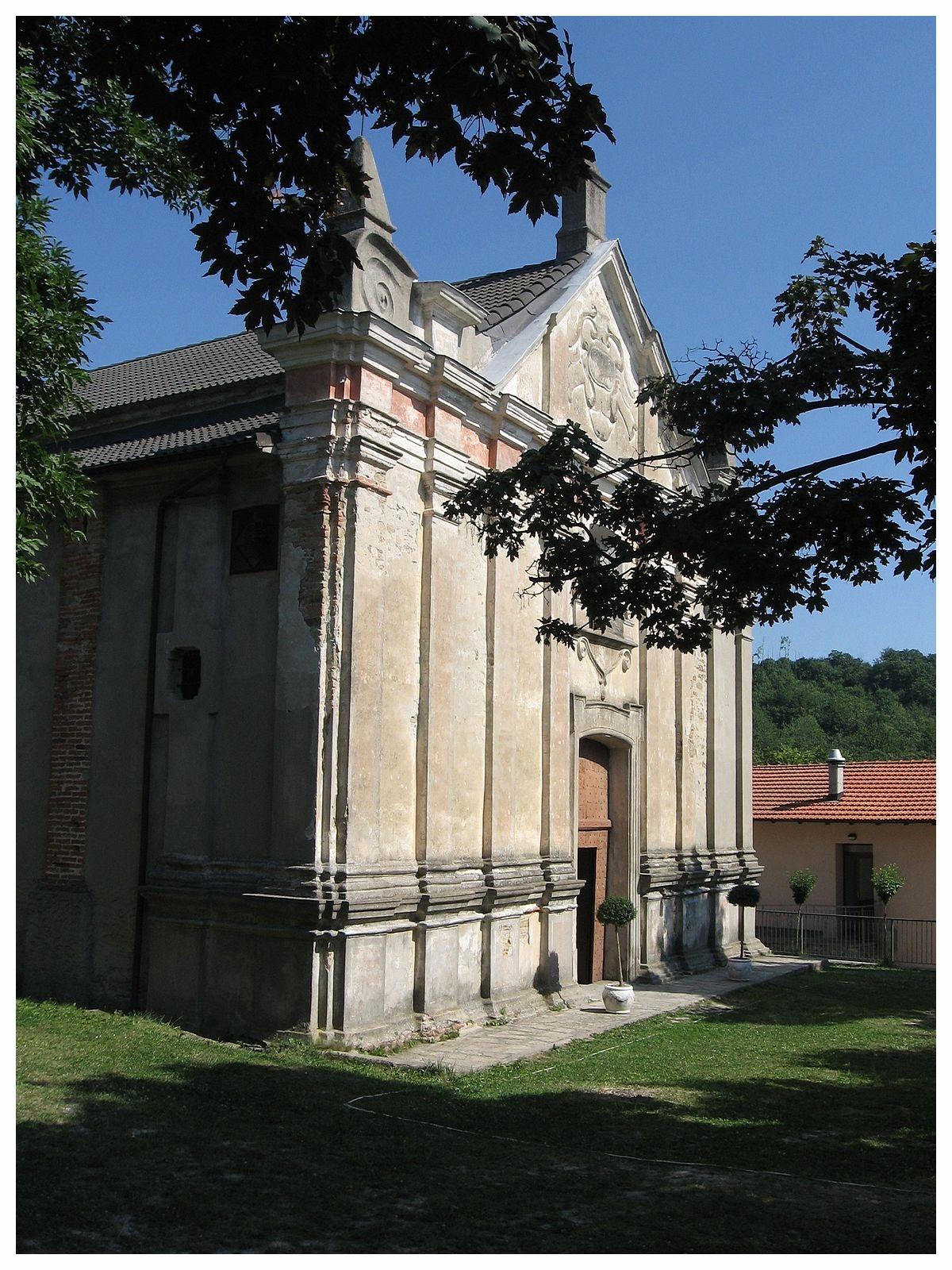 1200px-Gottasecca._Santuario_della_Madonna_Assunta._Facciata.jpg