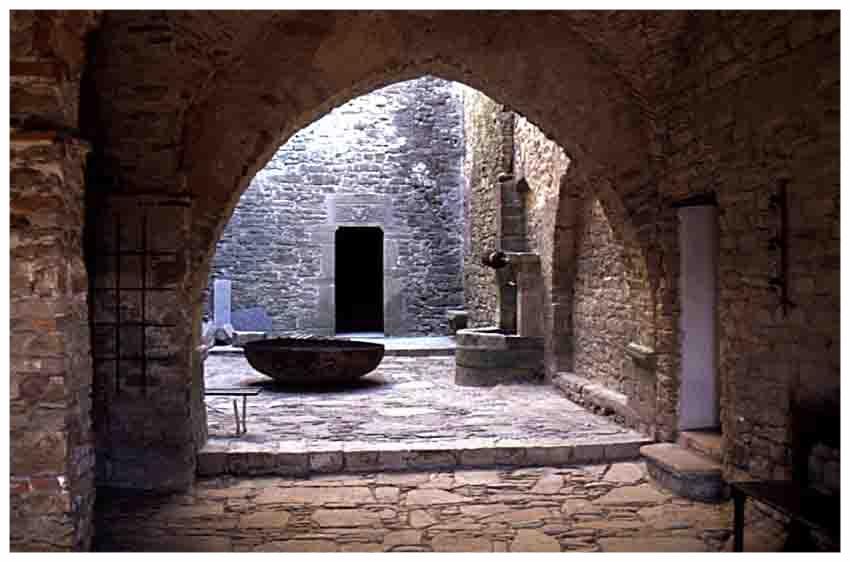 castello-di-prunetto5.jpg