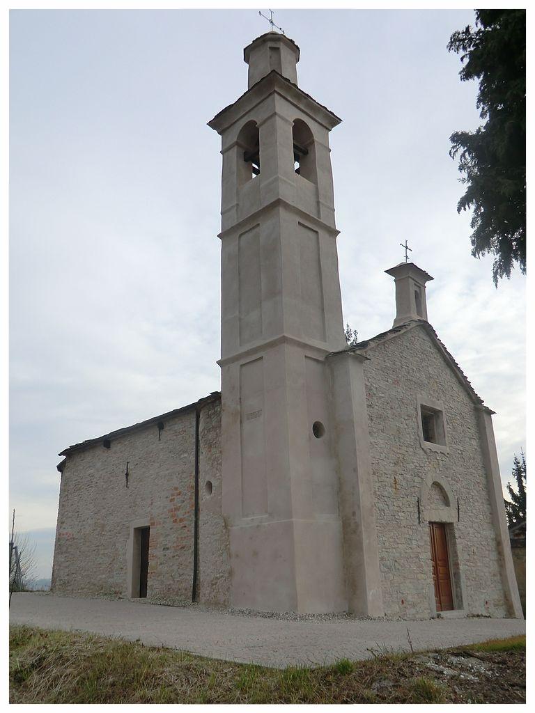 768px-Rocca_cigliè_cappella_assunta.jpg