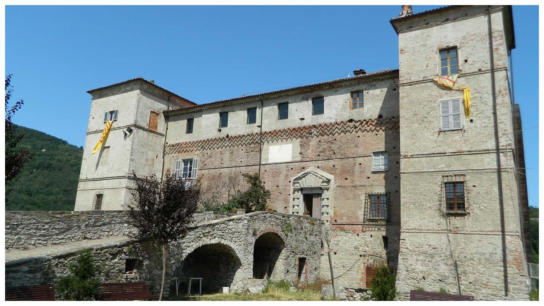 saliceto cuneo piemonte comune langhe roero turismo castello .jpg