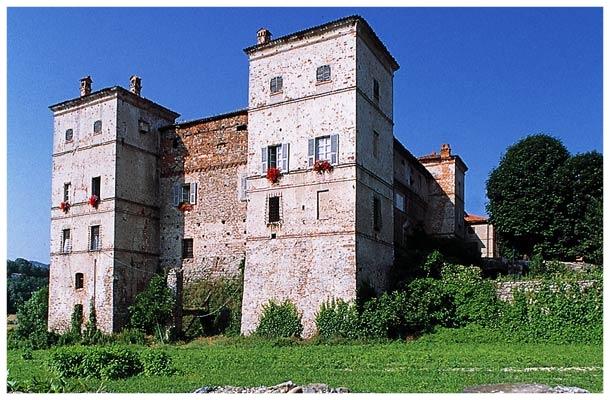 saliceto-castello saliceto cuneo piemonte comune langhe roero turismo.jpg