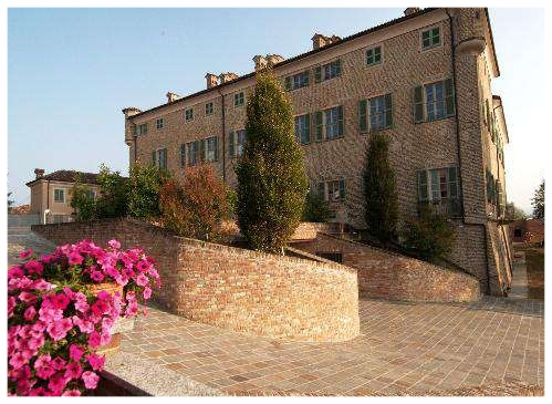 castello di barbaresco langhe .JPG