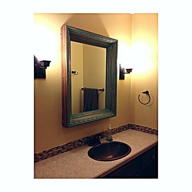 Finally found a mirror for the 2nd bathroom - now just need to decide on paint color #tajmaleary2.0