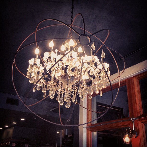 Lunch at Machka before I head out- love this light!