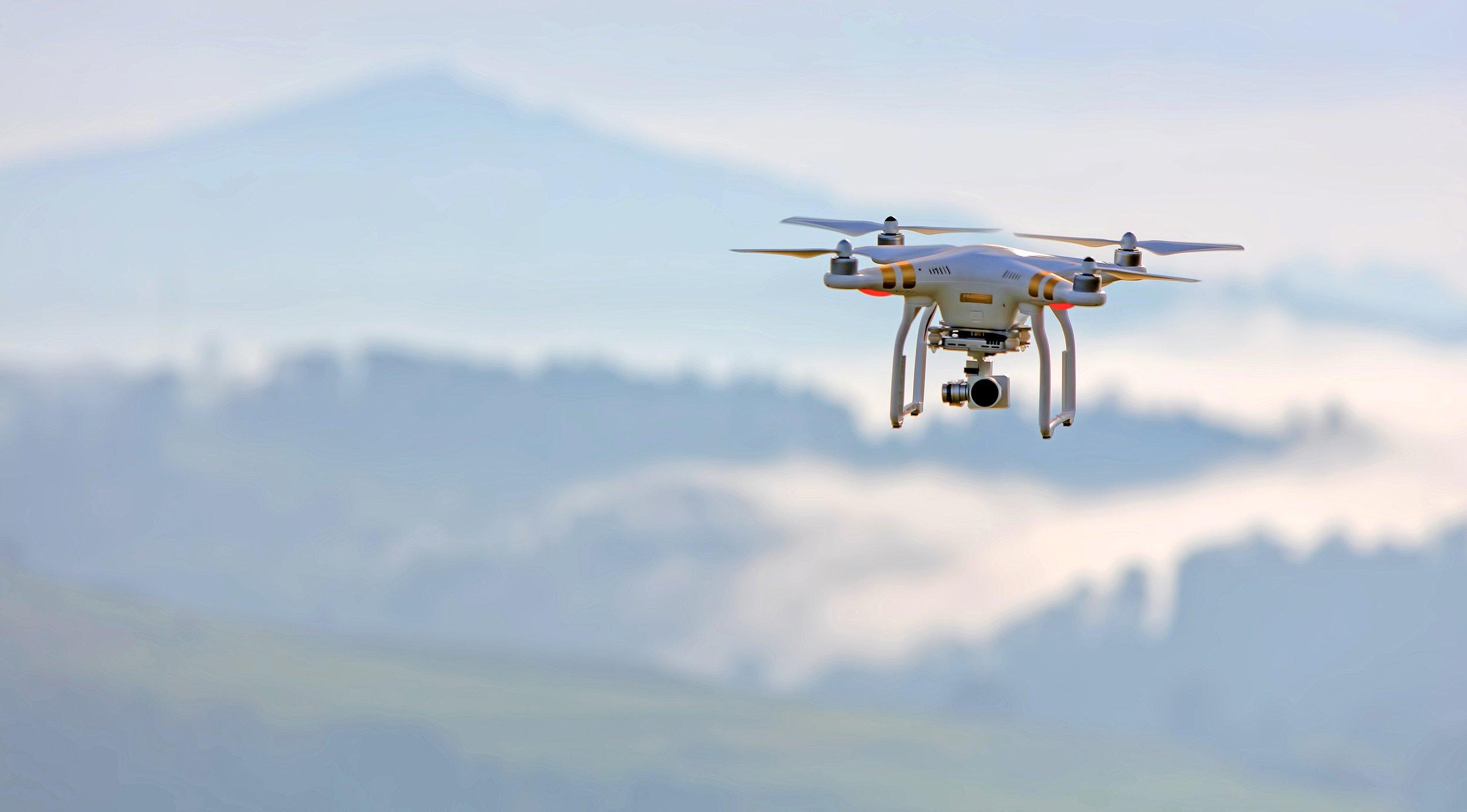 DRONI PER COMBATTERE INQUINAMENTO ATMOSFERICO