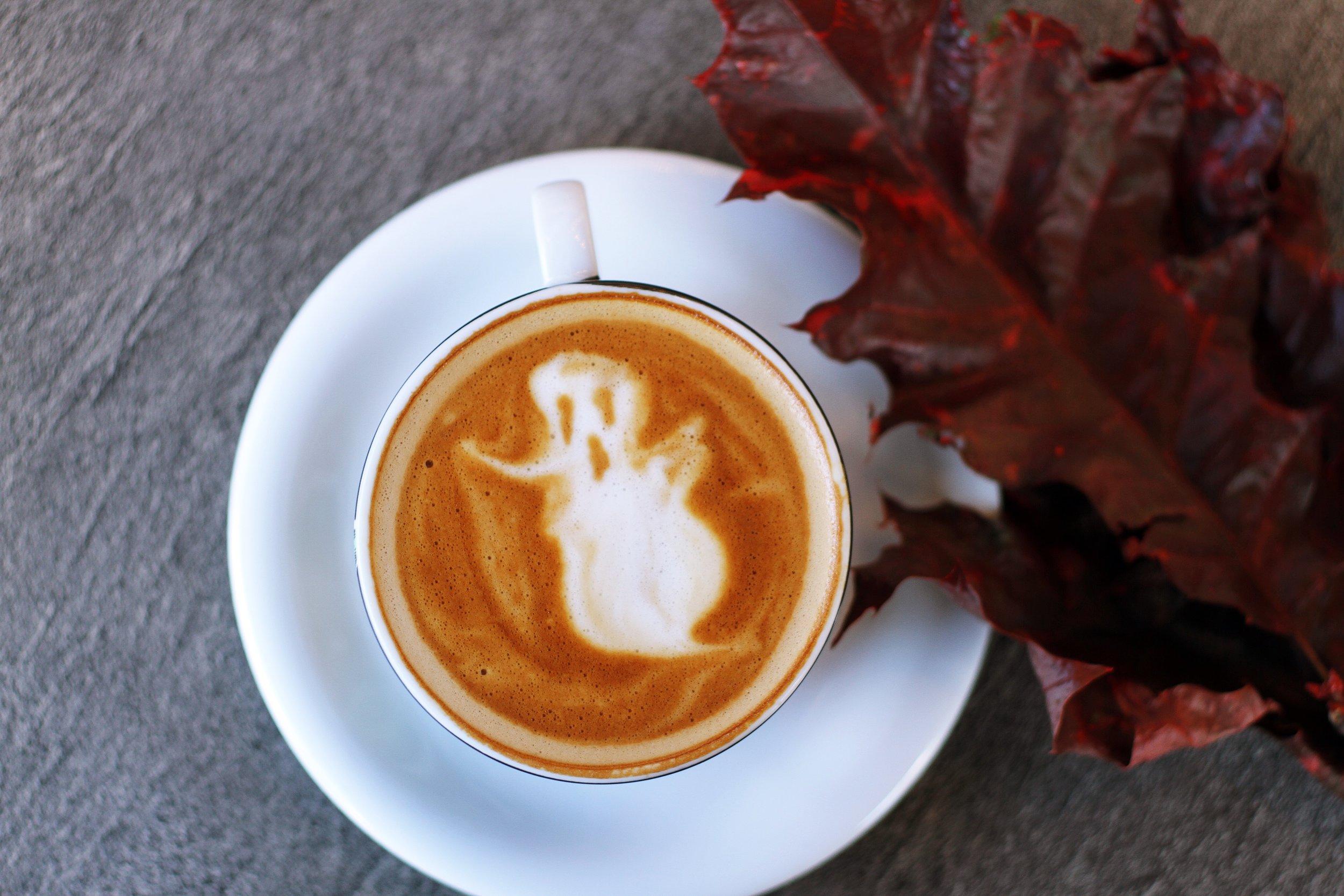 Happy Halloween!! (Photo by  Toa Heftiba )
