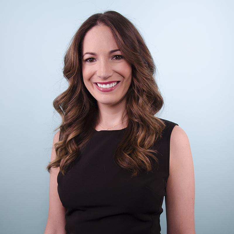 with Stephanie Cartin: - Stephanie Cartin is the Co-CEO of Socialfly, a New York City-based Social Media Marketing & Influencer Agency.Stephanie is also the co-author of