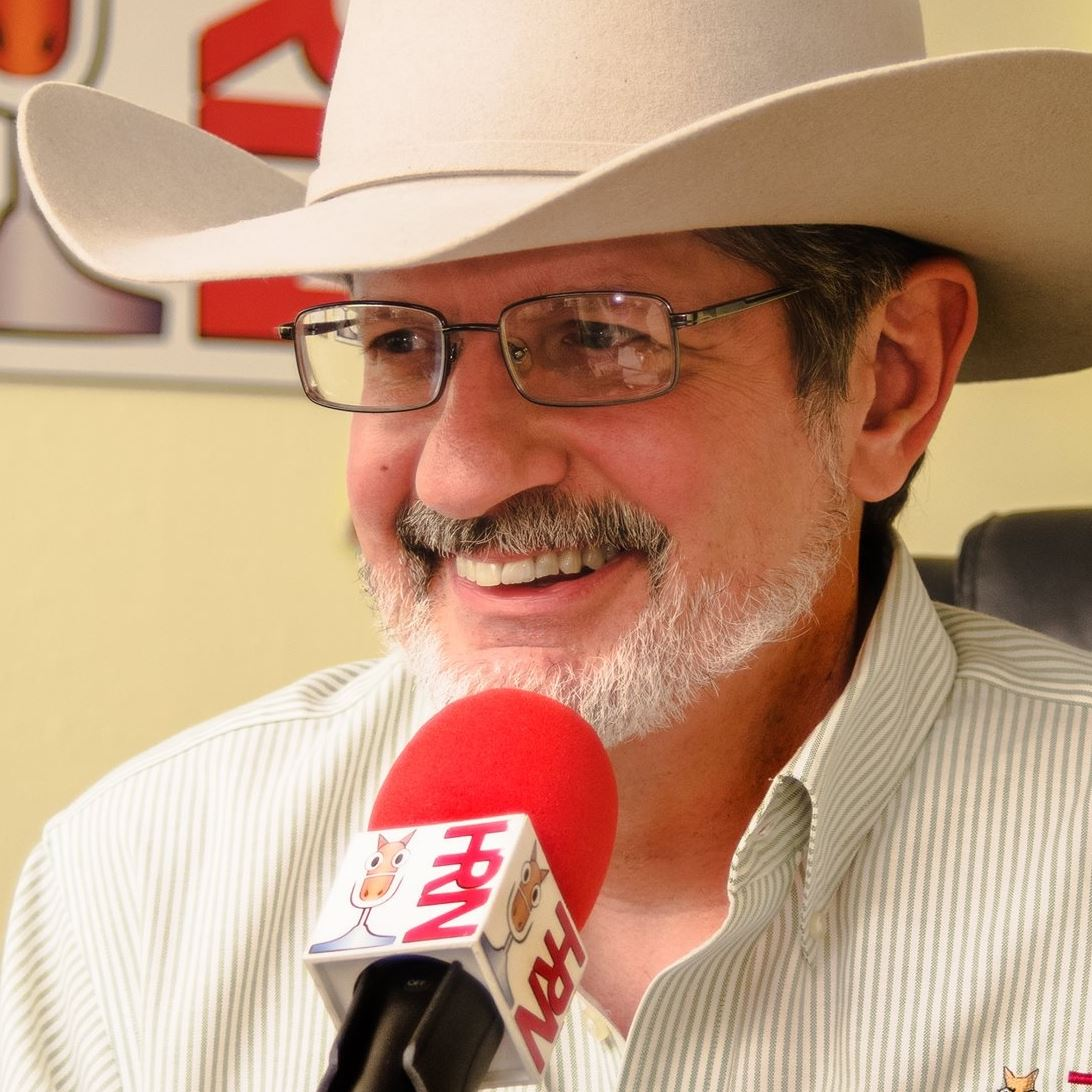 """Interview with Guest Glenn Hebert - """"Glenn the Geek"""" founded the Horse Radio Network in July 2008. It's now grown to numerous shows with tens of thousands of listeners."""