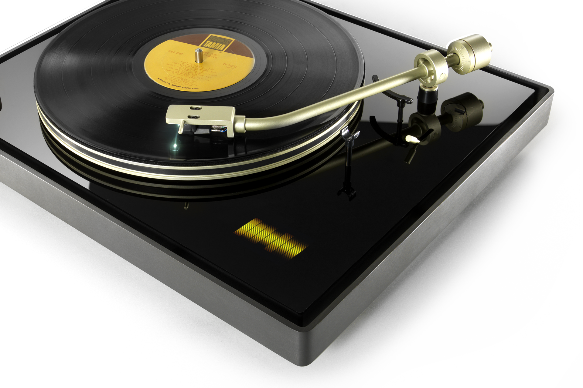 TDK_Turntable-01.png