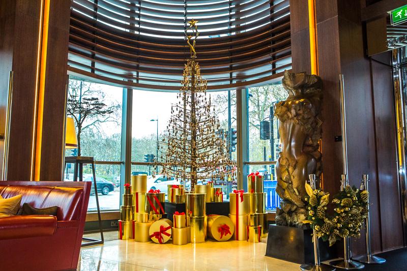 Jill's Christmas Tree, photo credit Cristina Schek (12).jpg