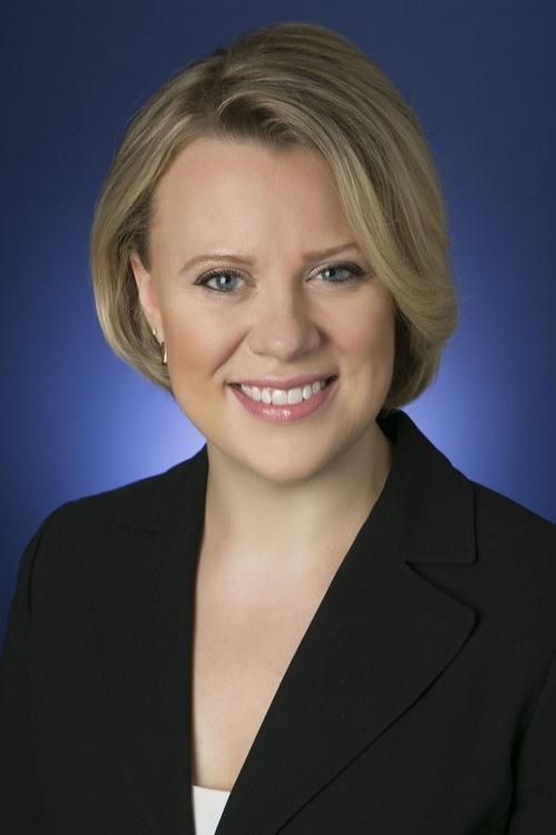 Kelly DoxeyFinancial Advisor -