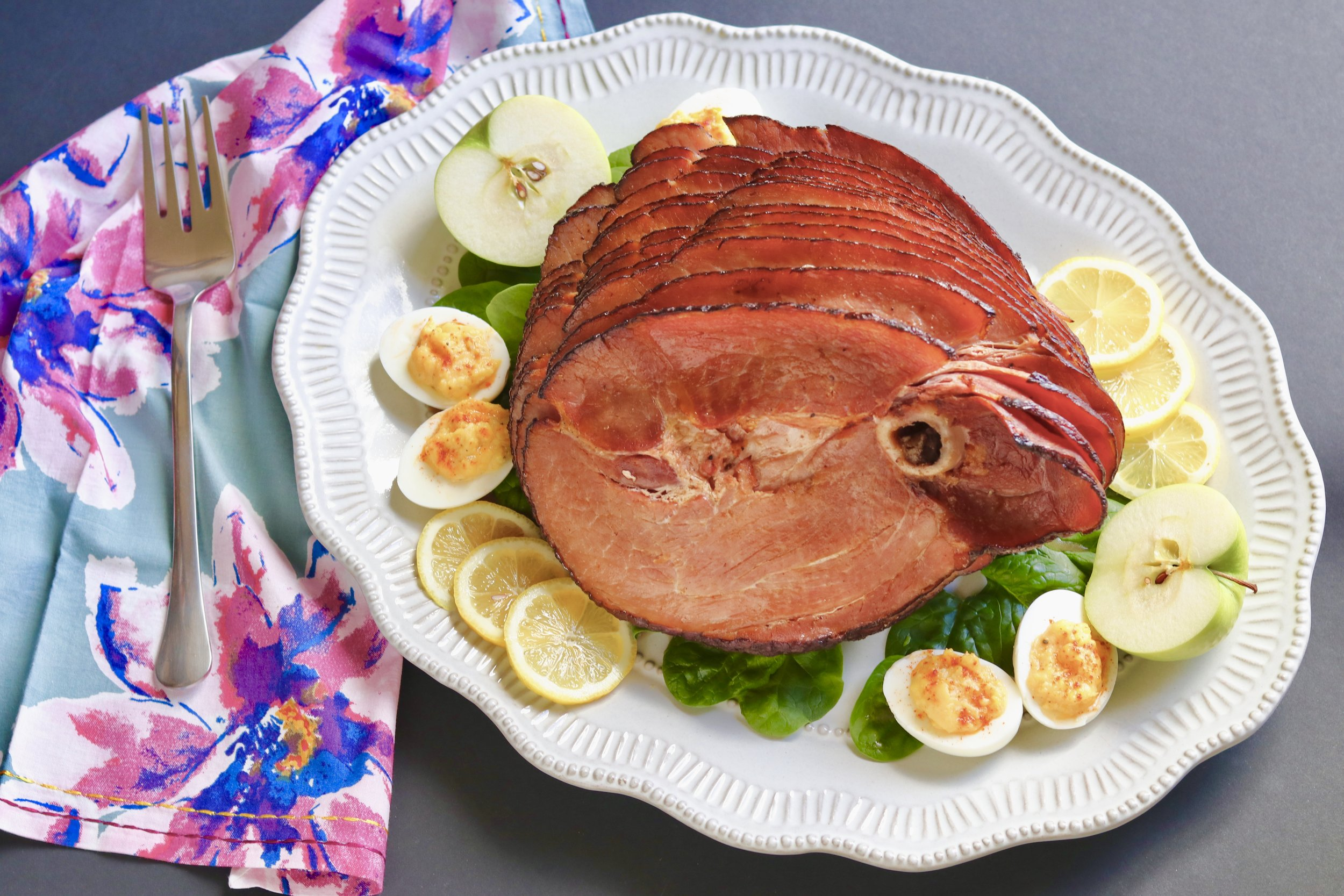 Pineapple Glazed Ham by I'd Eat That Food