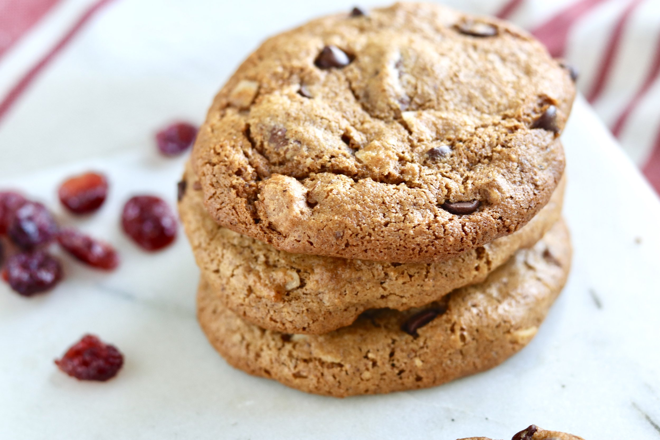 Trail Mix Cookies by I'd Eat That Food