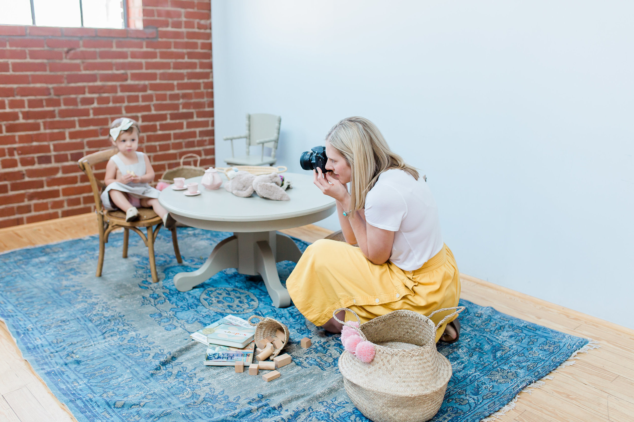 """""""  K  indred Photography Workshop  was better than I could've ever expected! The natural light was wonderful and everything was so comfortable and inviting."""" -Kindred OKC Attendee"""