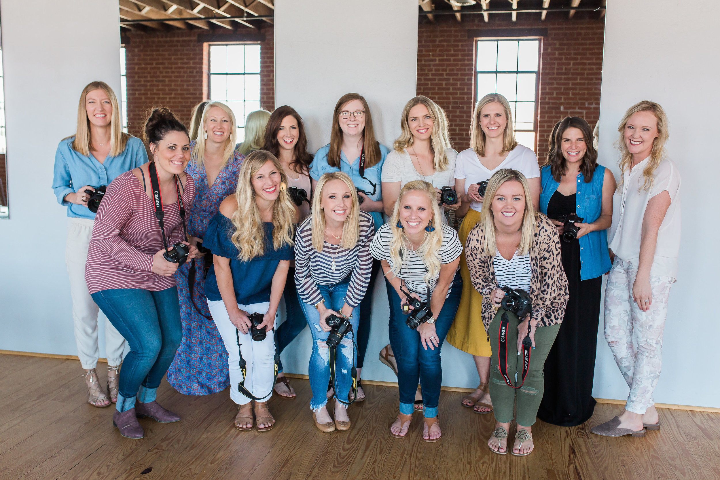 Kindred  OKC Attendees with their cameras, Photo by Lenae Photography