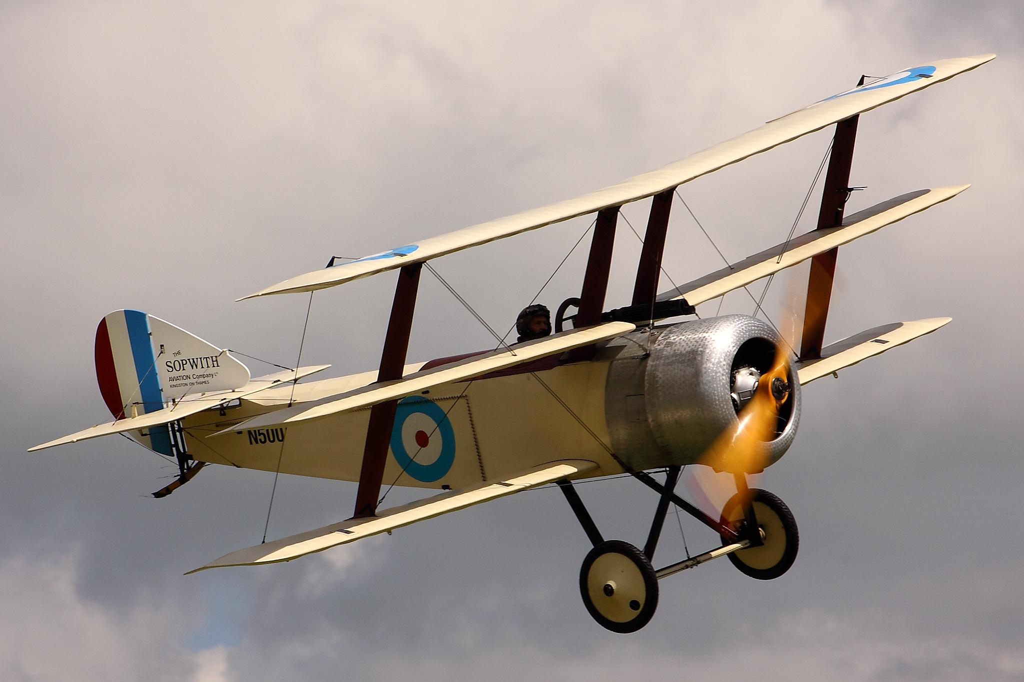 Sopwith-Triplane-Flying.jpg