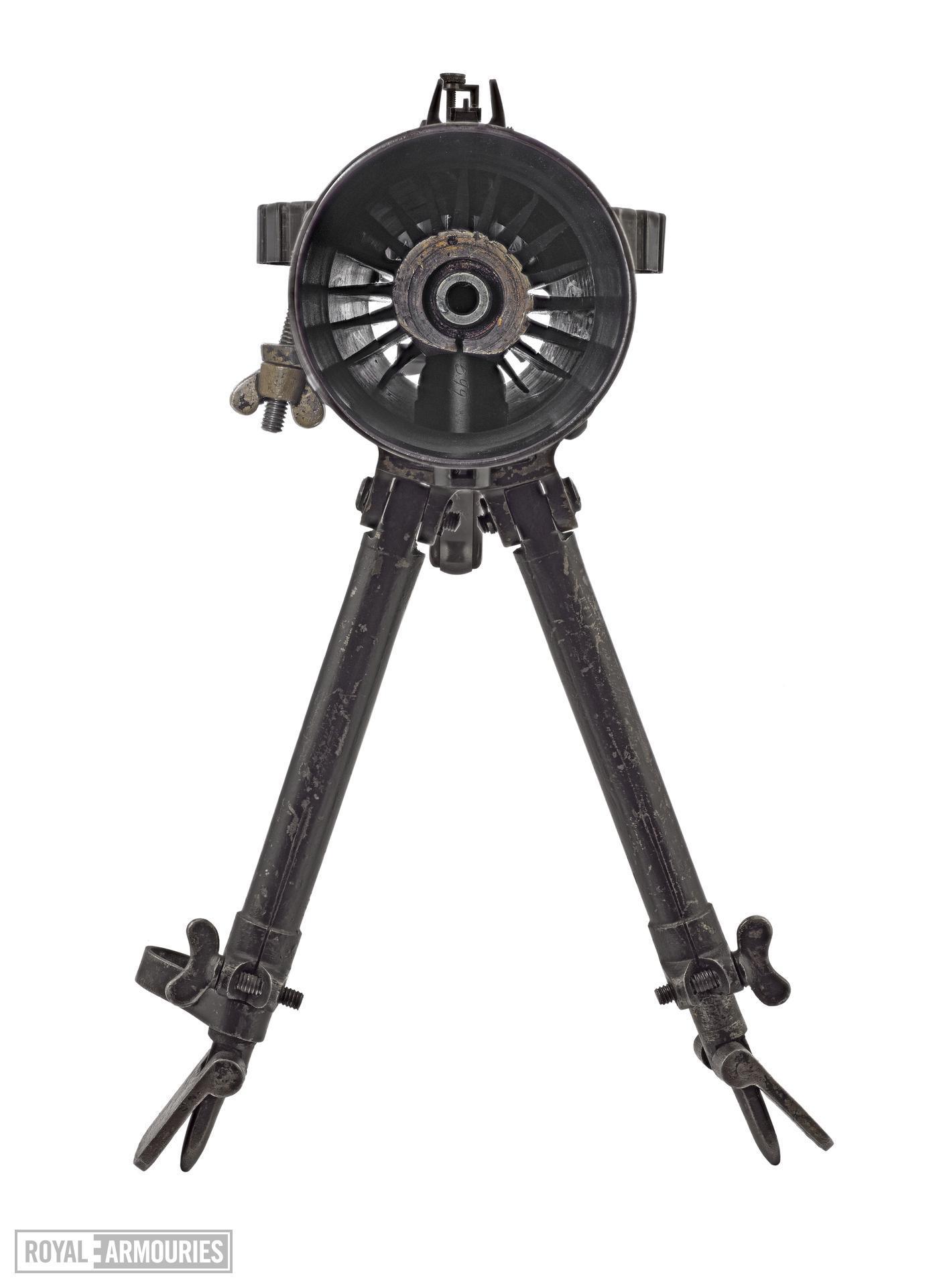 Lewis light machine gun, Mark I (1913)(1).jpg