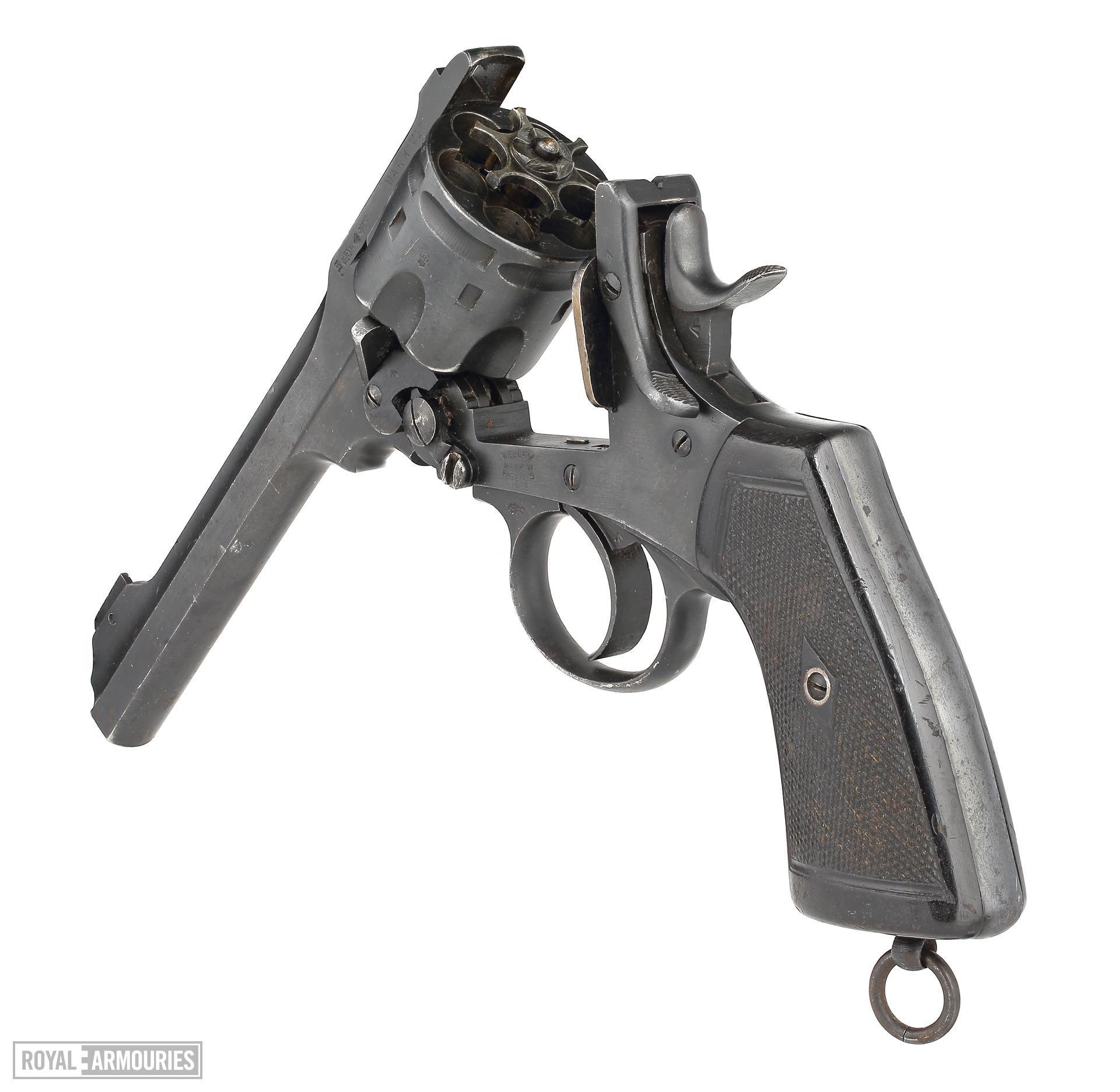 Centrefire six-shot revolver - Webley Mk.VI (made 1918).jpg
