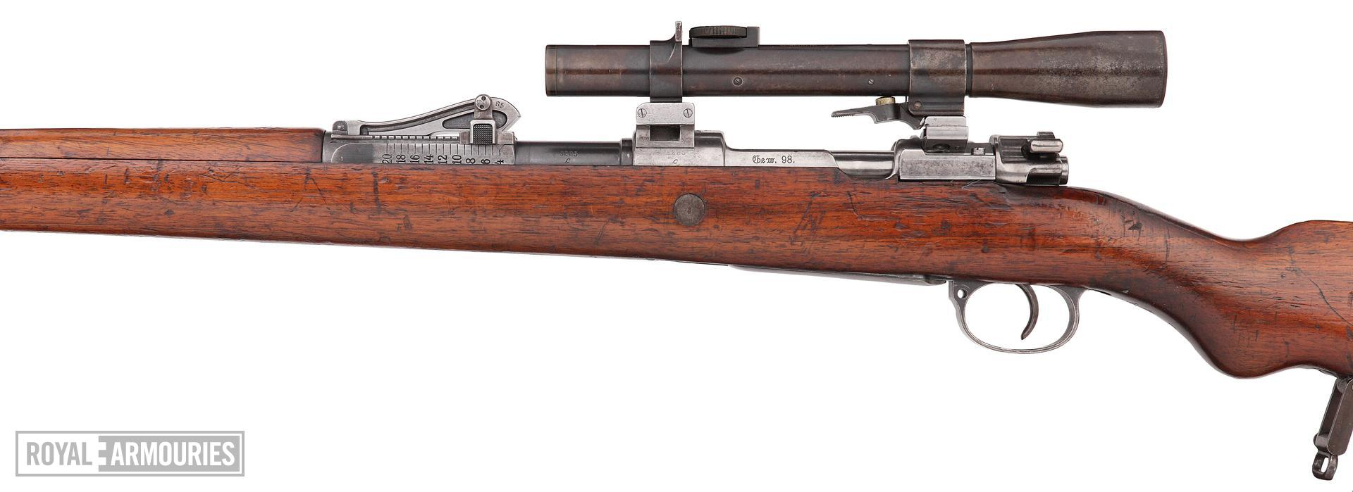 Centrefire bolt-action rifle - Mauser Gewehr 98 (G98) rifle fitted with Goerz scope (about 1915).jpg