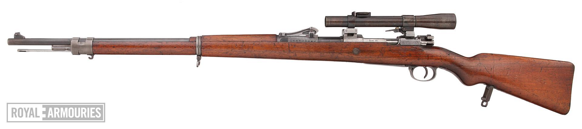 Centrefire bolt-action rifle - Mauser Gewehr 98 (G98) rifle fitted with Goerz scope (about 1915)(1).jpg