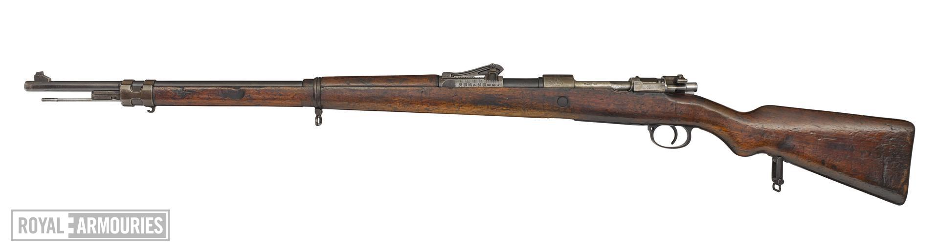 Centrefire bolt-action rifle - Mauser Gewehr 98 (about 1916)(2).jpg