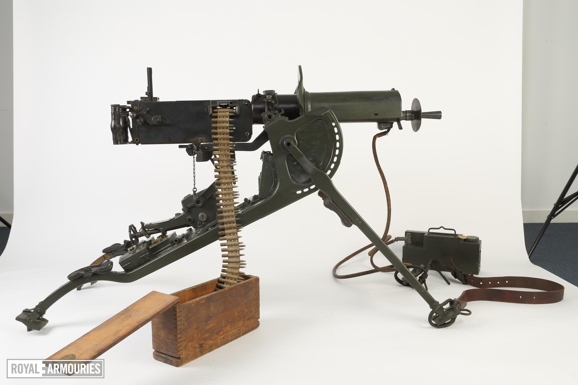 Maxim MG 08 machine gun (1908)(1).jpg