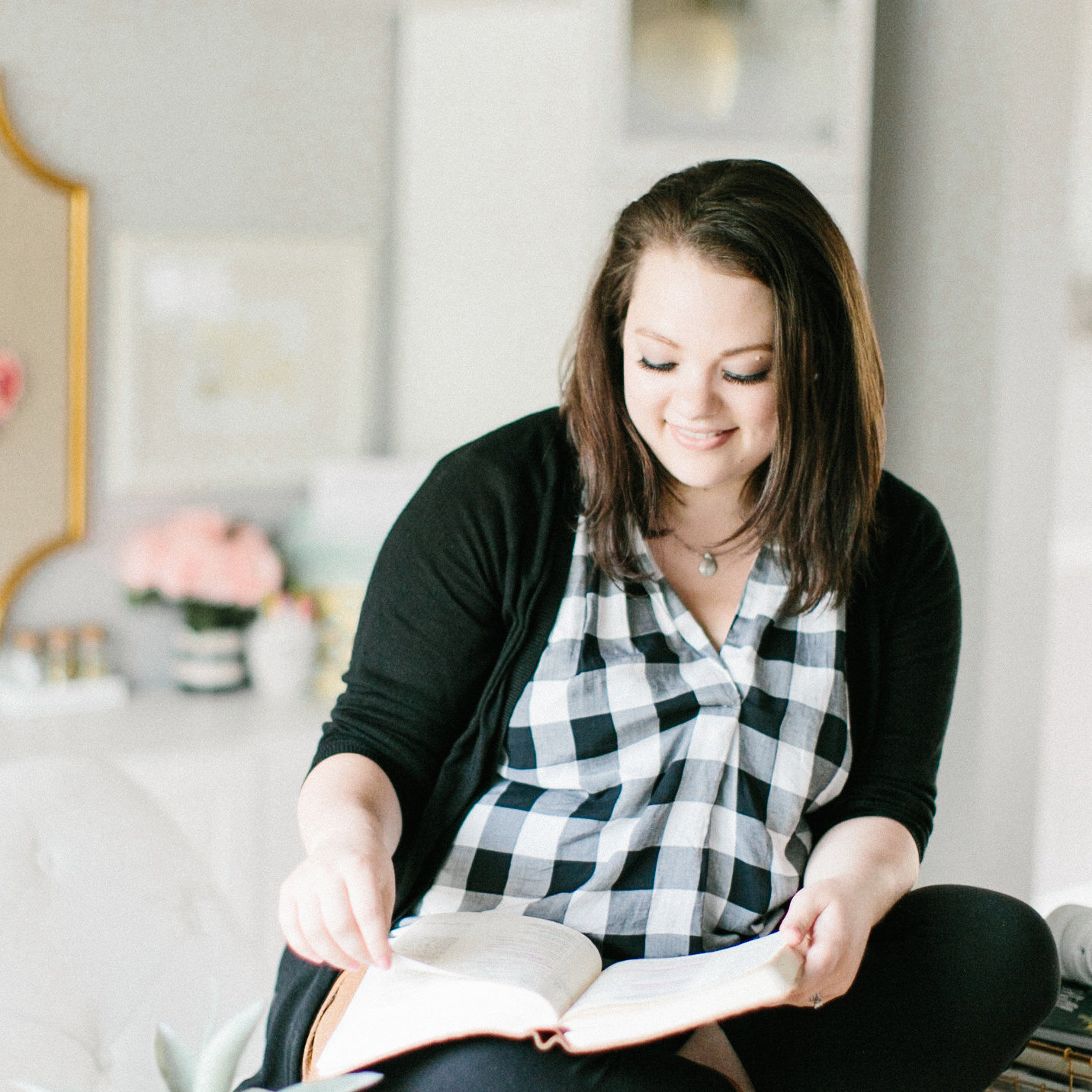 ep. 36 | Biblical Literacy for Women with Kristin Schmucker -