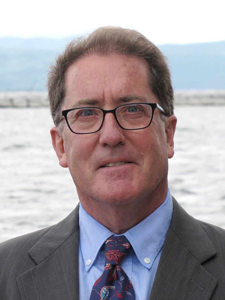 Mark Oettinger - Mark is an experienced mediator and litigator in family law issues.