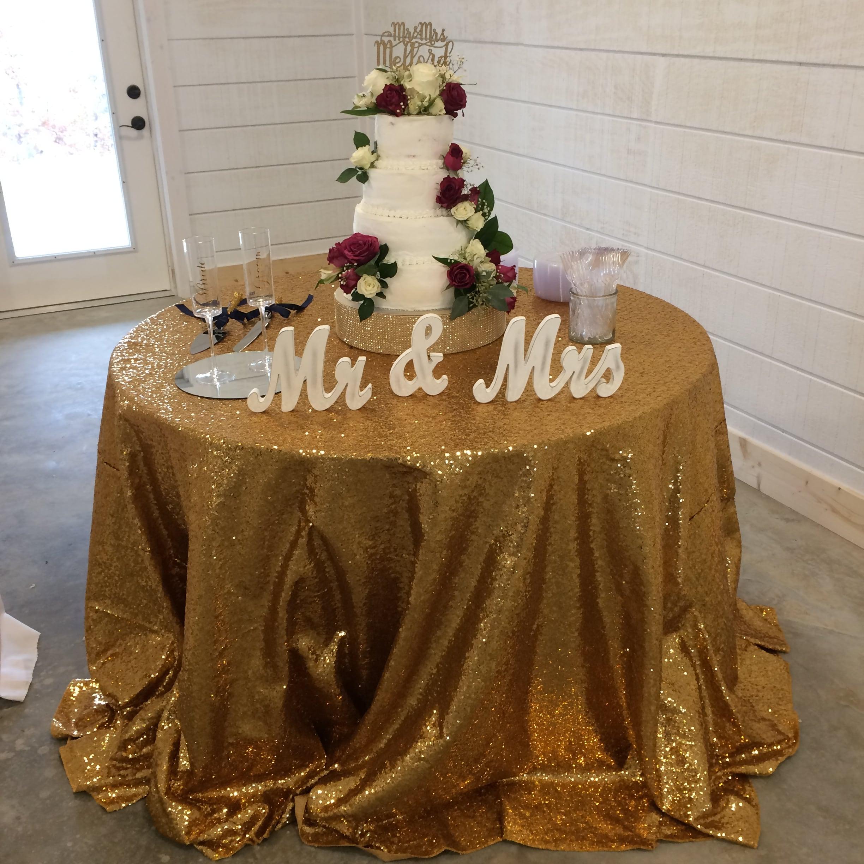 Cake table Harwood Mefford Wedding Dream Point Ranch Tulsa Wedding Venue-min.JPG