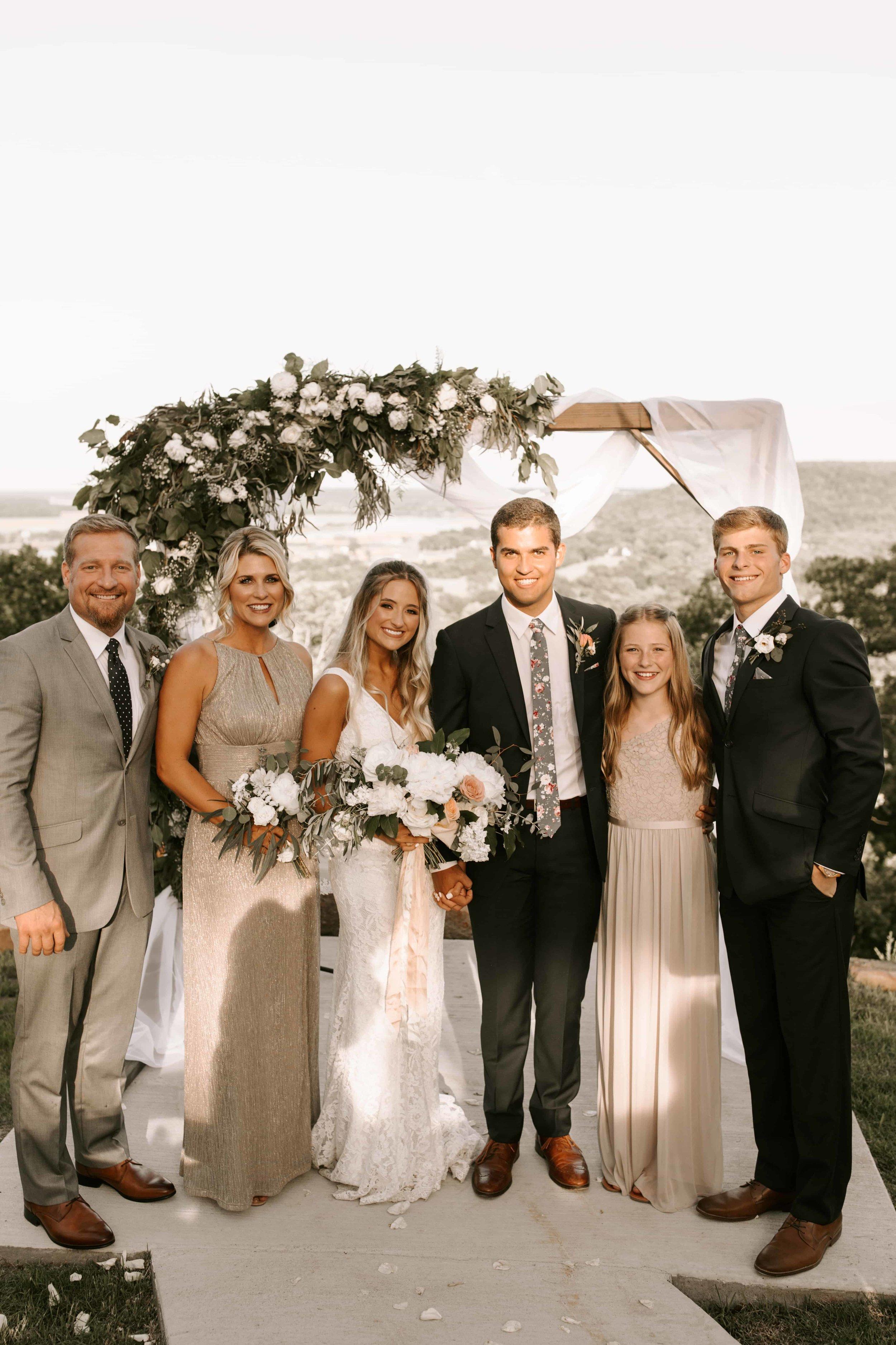 brides family tulsa wedding venue-min.jpg