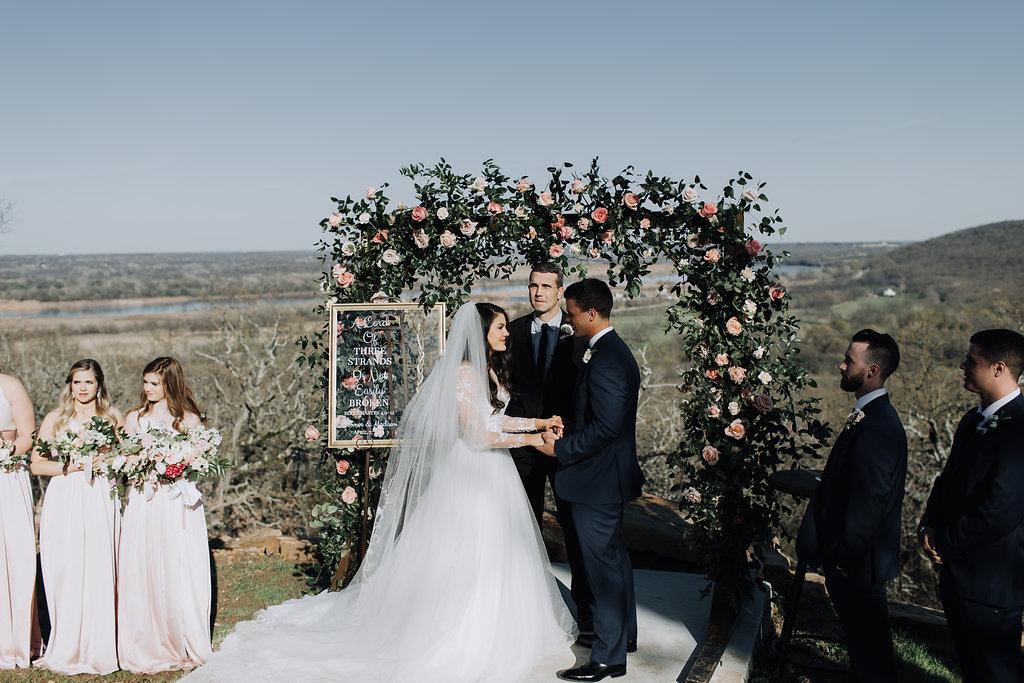 Tulsa Wedding Venue outdoor ceremony 4.jpg